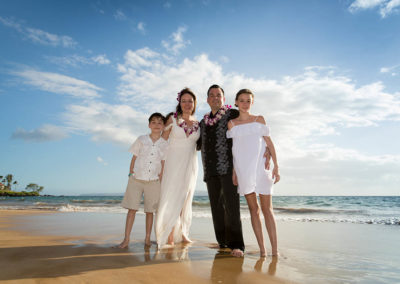 Grand Family Photos on Wailea Beach